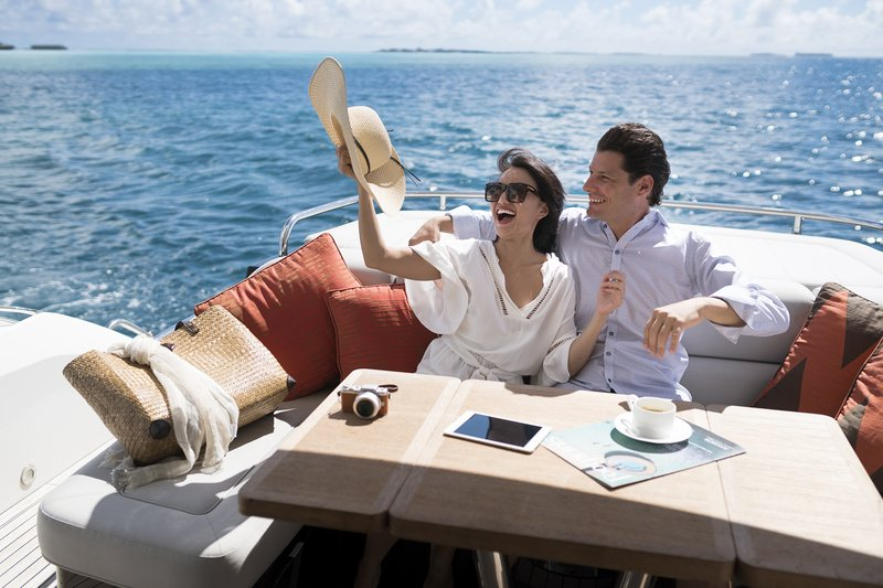 romantic destinations , maldives, luxury cruises,