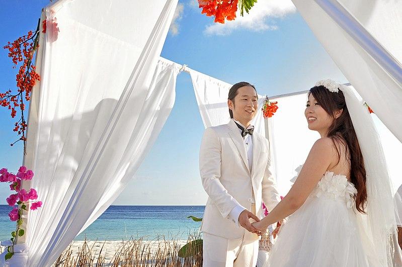 Wedding in Maldives | Image Credit - Ibrahim Asad, CC BY 3.0 Via Wikimedia Commons